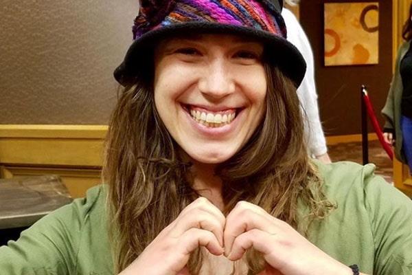 Jordan Alexandra Gibbons' traveling hobby