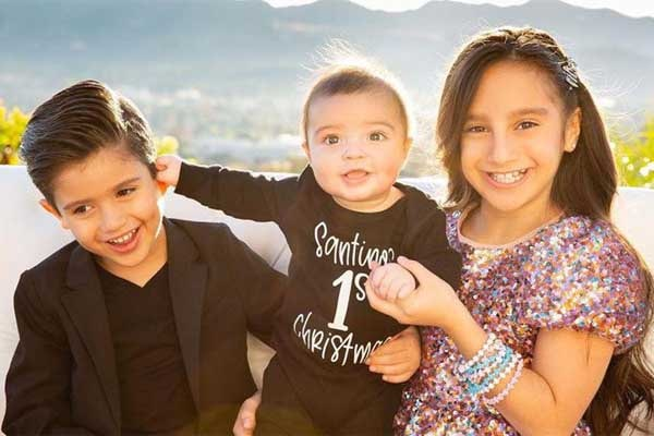 Meet Gia Francesca Lopez Photos Of Mario Lopez S Daughter With Courtney Laine Mazza Ecelebritymirror