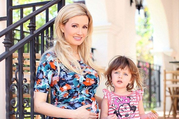 Holly Madison's daughter, Rainbow Aurora Rotella