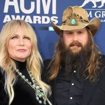 Wait, Chris Stapleton Is A Father Of Five Children?