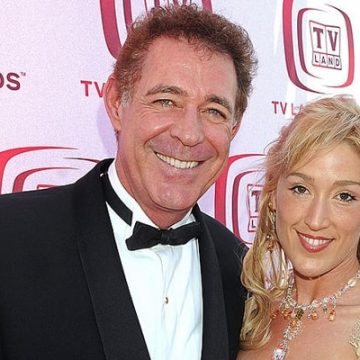 Meet Samantha Rose Williams – Photos Of Barry Williams' Daughter With Elizabeth Kennedy