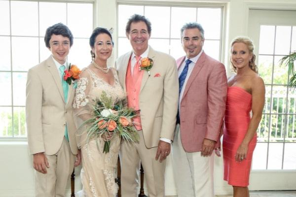 Barry Williams' wife Tina Mahina