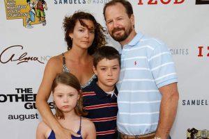 Robert Wahlberg's wife Gina Wahlberg aka Gina Santangelo