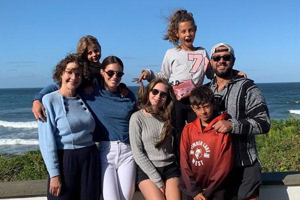 Claudine De Niro Daughters