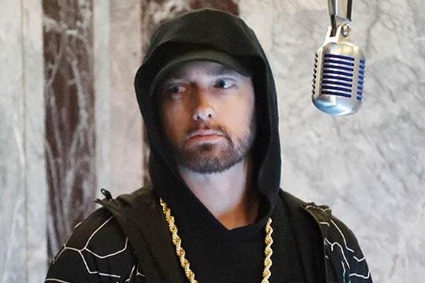Eminem's sister, Sarah Mathers