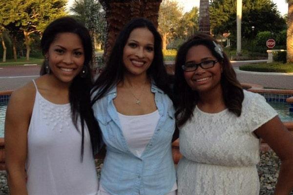 Jamilla Ali daughters with Michael Joyce Amira Ali and Nadia Ali