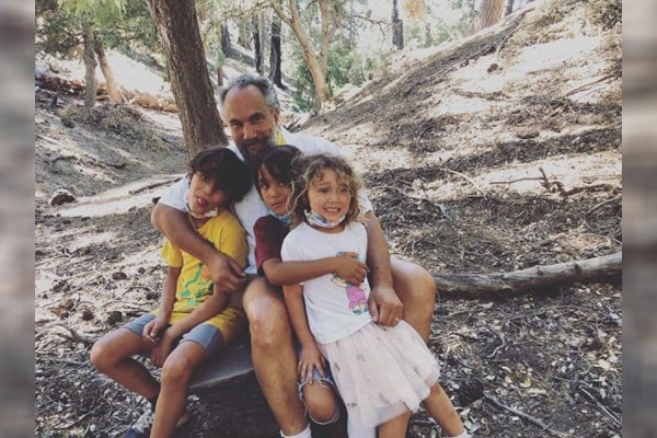 Roger Guenveur Smith's children