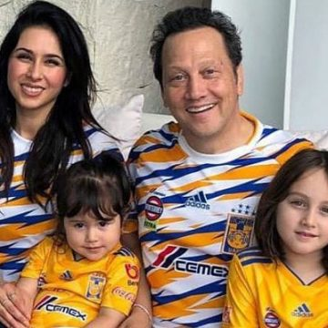 Meet Madeline Robbie Schneider – Photos Of Rob Schneider's Daughter