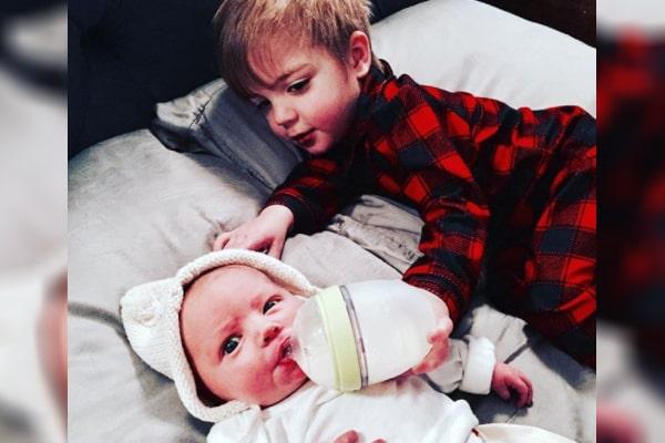 Grey DeLisle's children