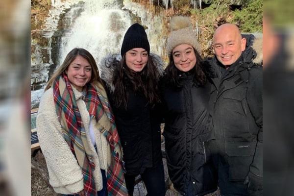 Anthony Melchiorri's daughters
