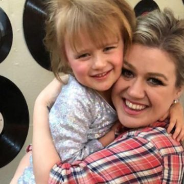Meet River Rose Blackstock – Photos Of Kelly Clarkson's Daughter With Brandon Blackstock