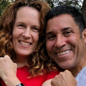 Oscar Nunez Is Not Gay And Has A Wife Named Ursula Whittaker