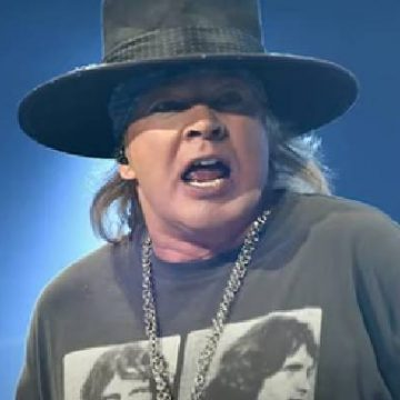 Take A Look At The List Of Axl Rose's Girlfriends