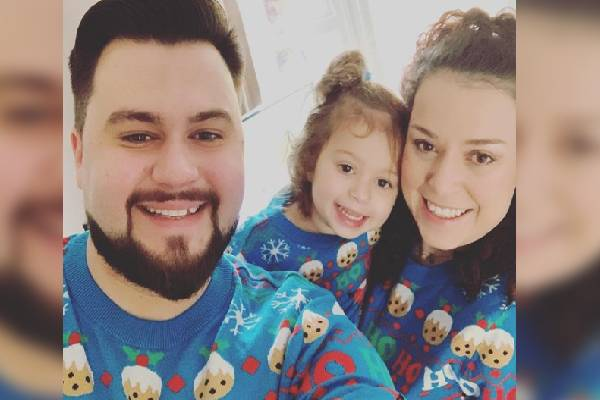 Dani Harmer Is A Family Person.