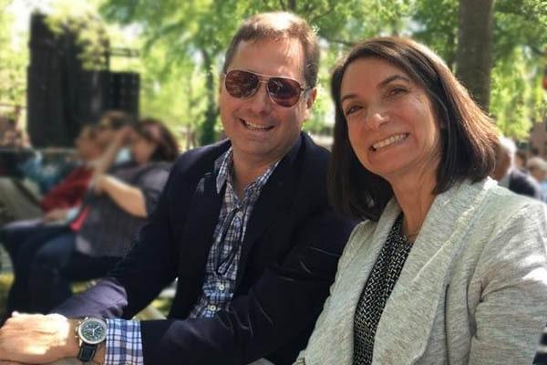 Mike Sievert wife, Suzanne Steiner Sievert