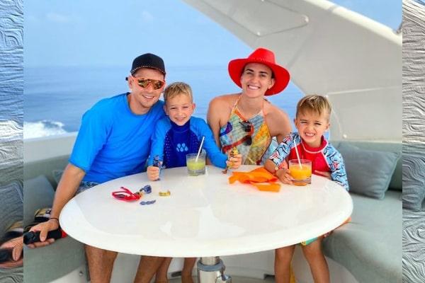 YouTubers Vlad and Nikita's Parents Sergey And Victoria Vashketova