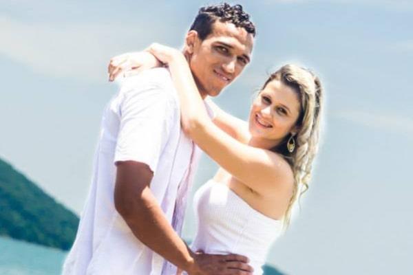 Charles Oliveira's wife Talita Roberta Pereira