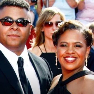 Mother Of Three Children, Who Is Chandra Wilson's Husband? Or Still Single?