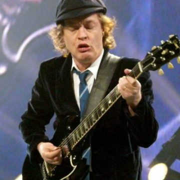Angus Young Net Worth – Income And Earnings From AC/DC And Other Ventures