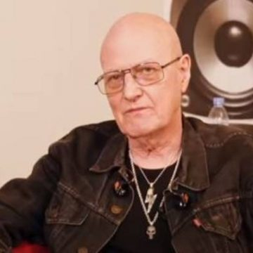 Chris Slade Net Worth – Income And Earnings As A Drummer