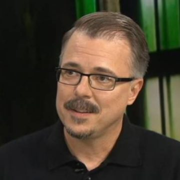 Breaking Bad's Vince Gilligan's Partner Is Holly Rice, Are They Married?