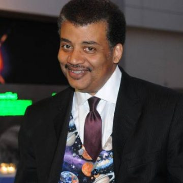 Neil deGrasse Tyson Net Worth – Look At His Multiple Income And Earning Sources