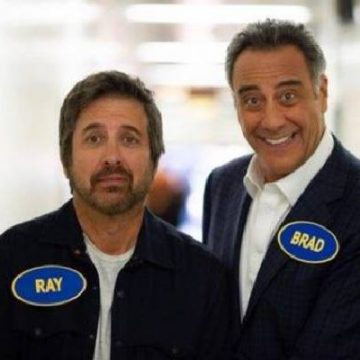 Brad Garrett Net Worth- Salary From Everybody Loves Raymond And Other Sources